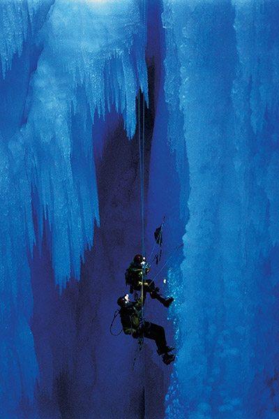 Amazing Caves - ijsblauwe grotten - Omniversum Den Haag