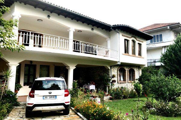 BB_Veranda Albanie travelvibe