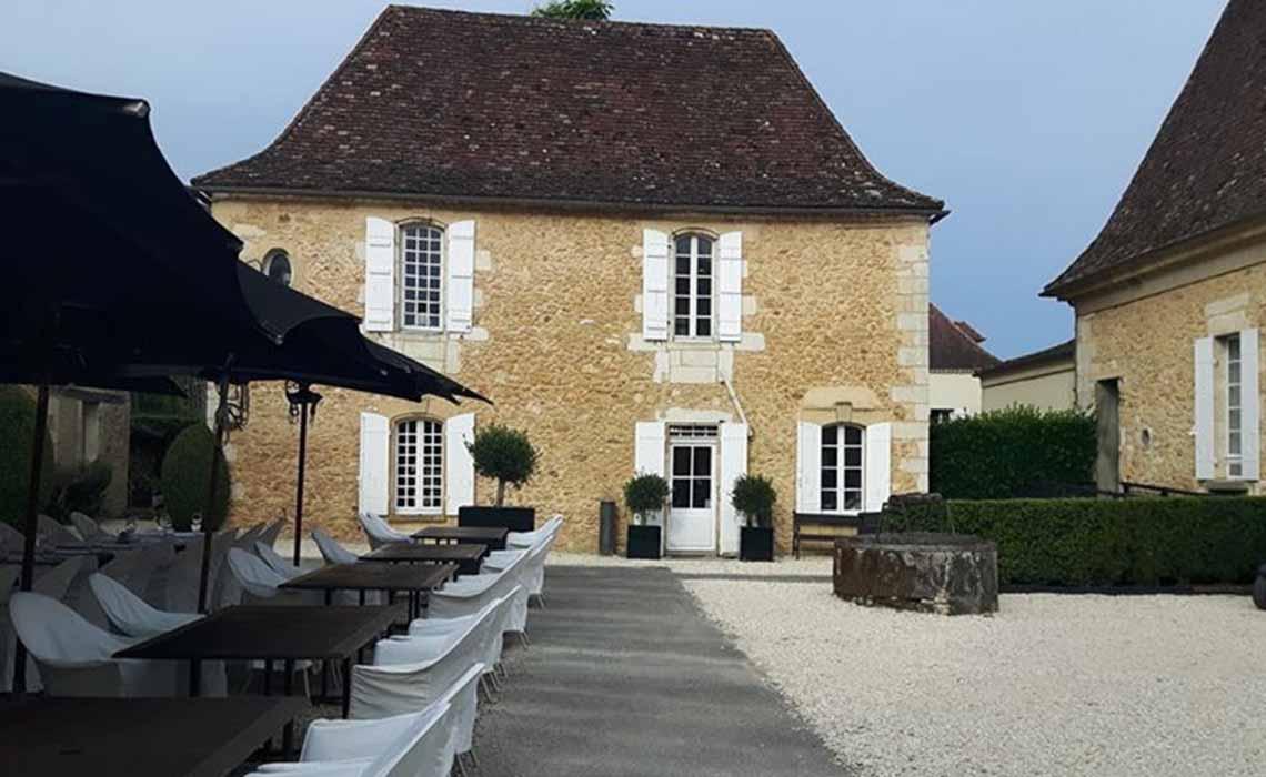 Bordeaux chateau Travelvibe