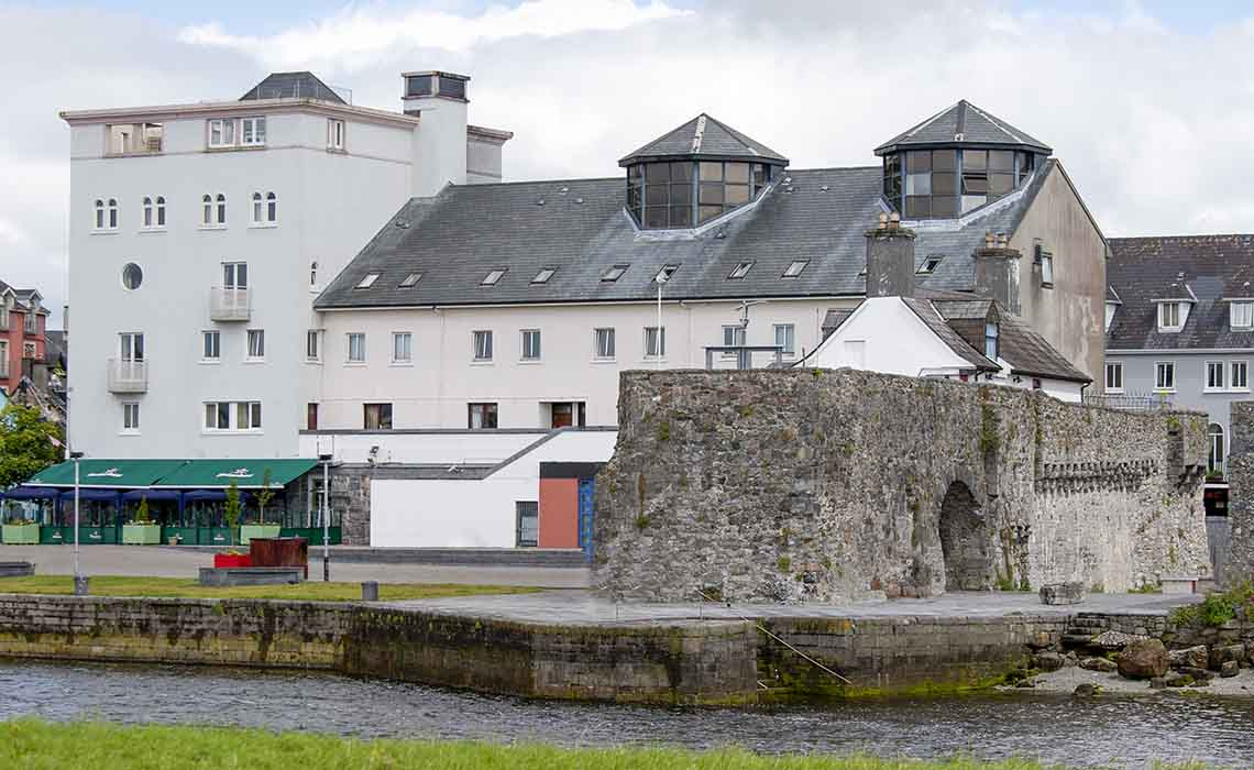 Galway City, Spanish Arch and quay side