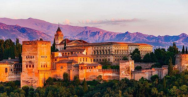 Granada dagtrips en excursies Malaga - Travelvibe
