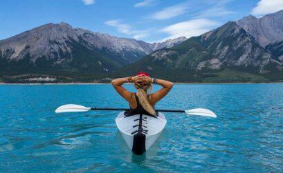Kajakverhalen het boek over kano-avonturen - Travelvibe
