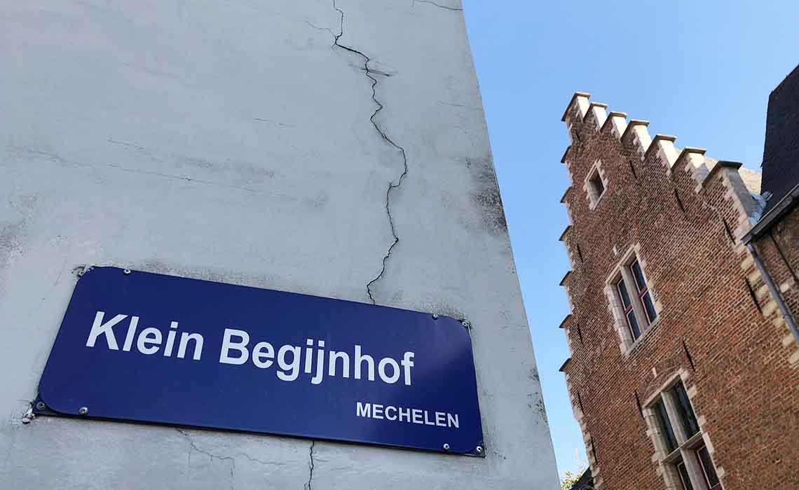 Klein Begijnhof Mechelen - Travelvibe