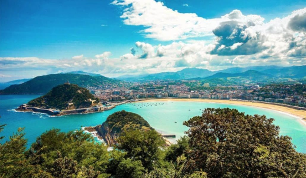 La Concha - Spain - Travelvibe