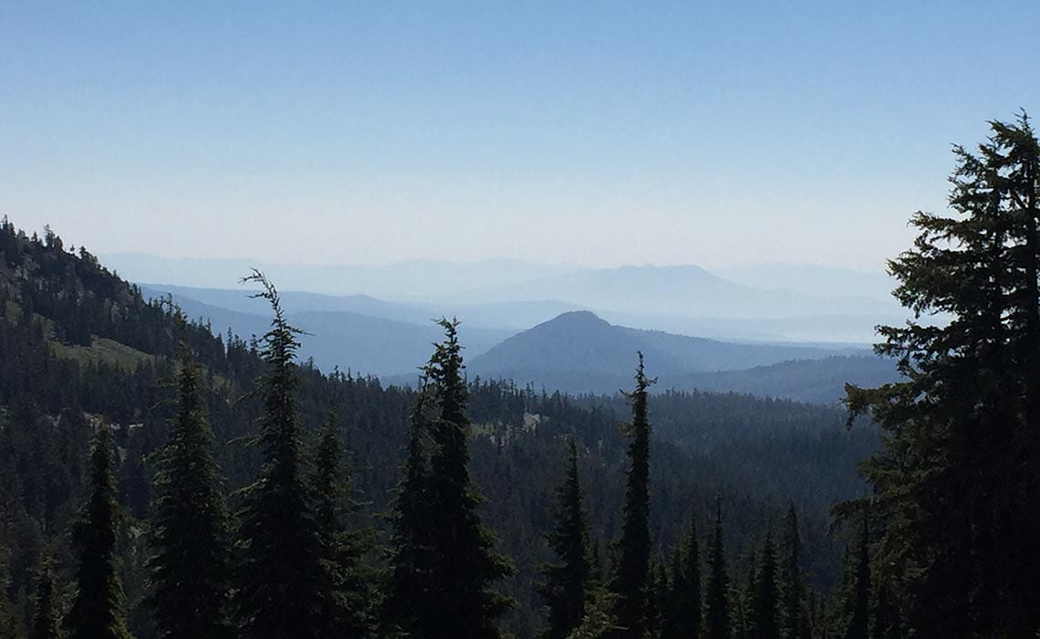 Lassen Volcanic NP - Camper roadtrip Amerika - Travelvibe