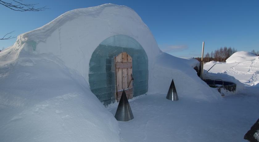 witte kerst -Lavattuumma Icehotel - Travelvibe