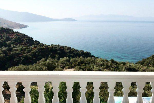 umra_Rooms Albanie Travelvibe