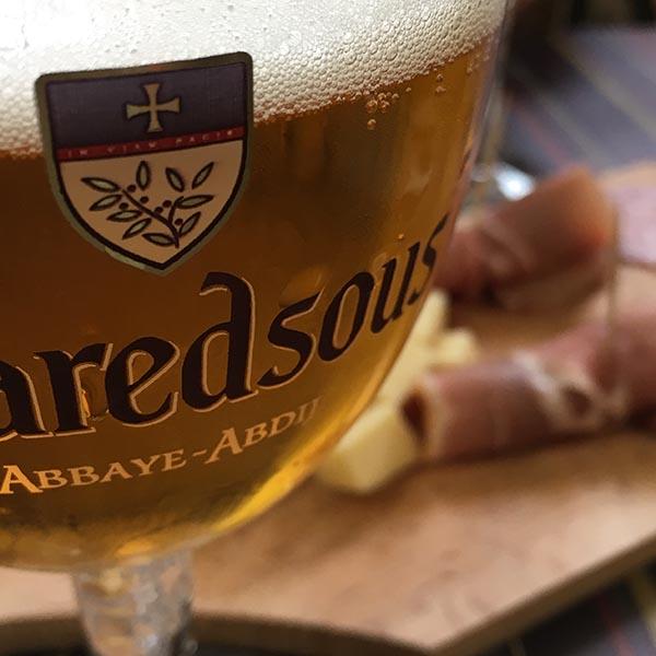 Maredsous bier in de abdij - Travelvibe