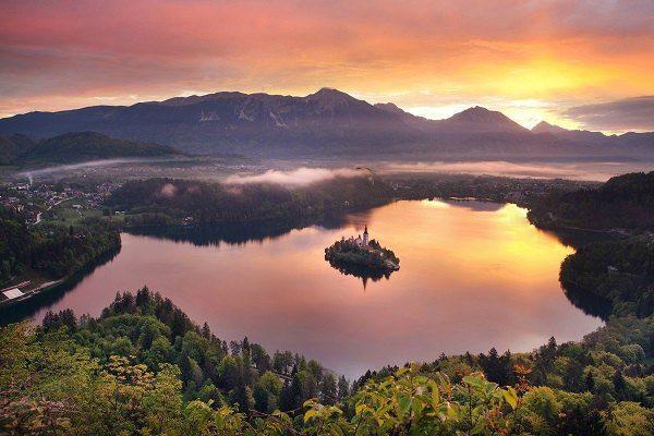 Meer van Bled uitzicht Travelvibe