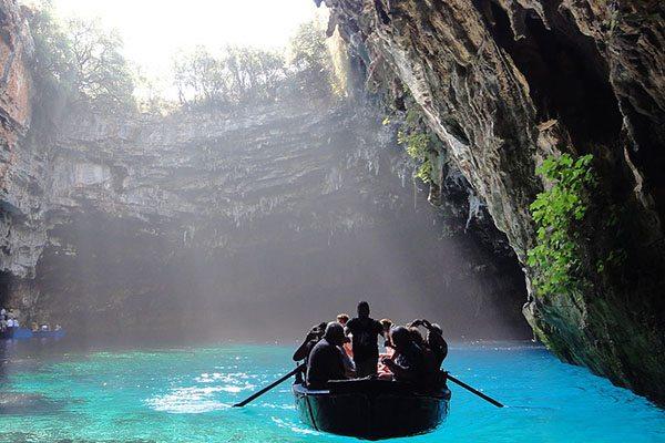 Melissani Cave op Kefalonia