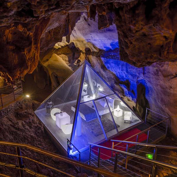 Nacht slapen in een grot in Frankrijk - Travelvibe