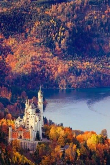 Kasteel Neuschwanstein, mooie herfstfoto's - Travelvibe