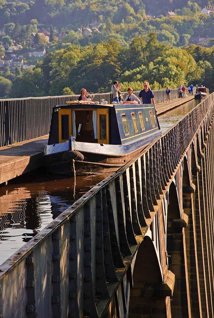 Pontcysyllte Aquaduct Wales - Travelvibe