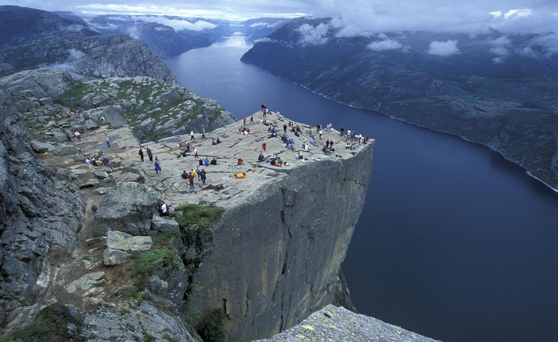 Preikestolen-Klif-Stavanger - Foto_Casper_Tybjerg - Travelvibe
