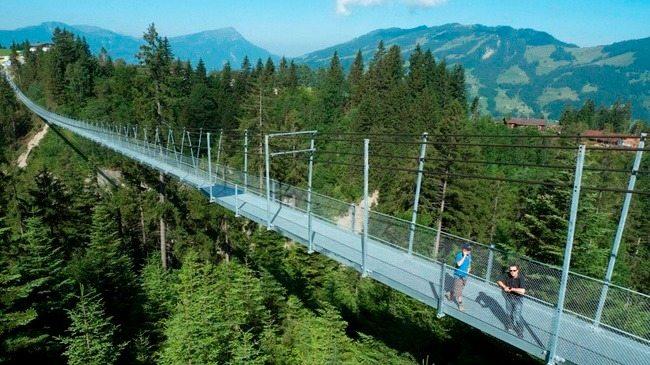 hangbruggen zwitserland, raiffeisen-skywalk | Travelvibe