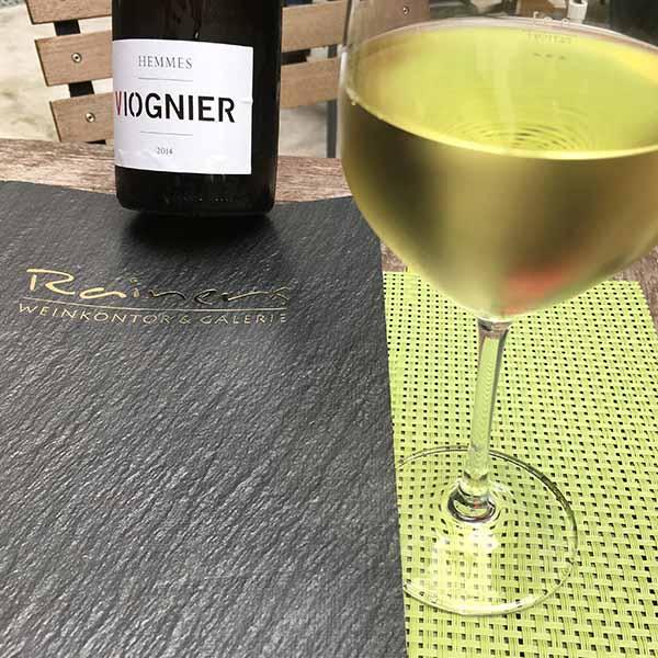 Rainers Weinbar und Galerie