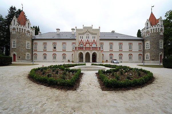 Slapen in Heralec kasteel Tsjechie - Travelvibe
