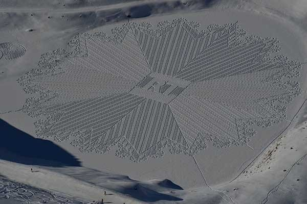 Snow Art Simon Beck - Travelvibe
