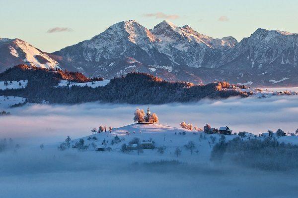 St Tomaz Hill Slovenië | Travelvibe