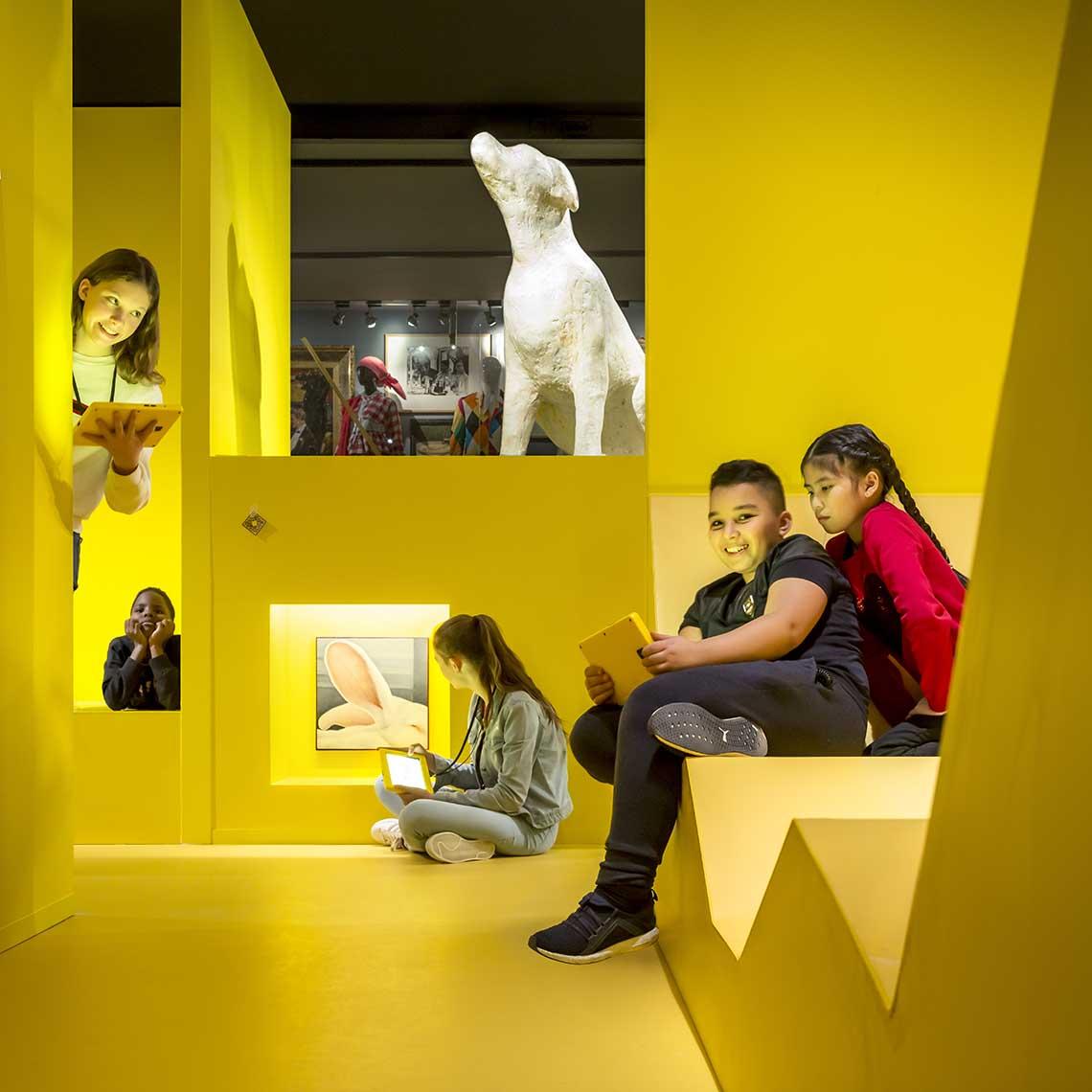 Gemeentemuseum Den Haag Wonderkamers - Travelvibe