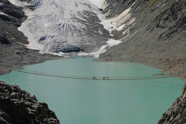 hangbruggen zwitserland, Triftbrug | Travelvibe