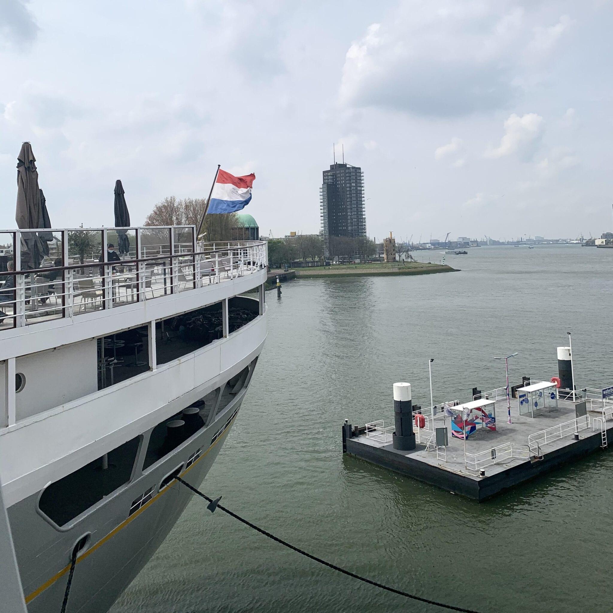 Uitzicht terras SS Rotterdam