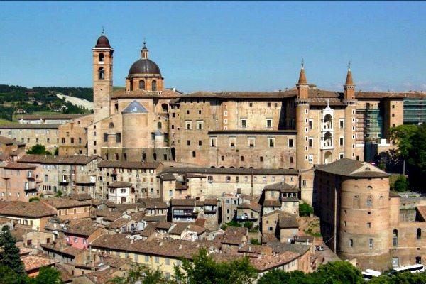 Urbino-Le-Marche_Travelvibe