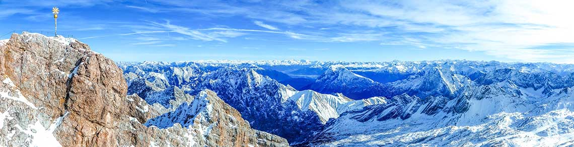 Zugspitze hoogste berg van Duitsland - Travelvibe