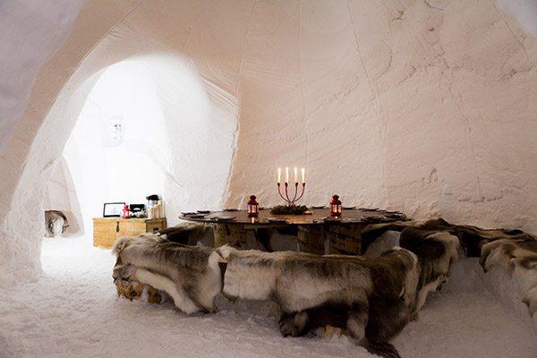 Eten en slapen in een iglo in het Franse La Plagne