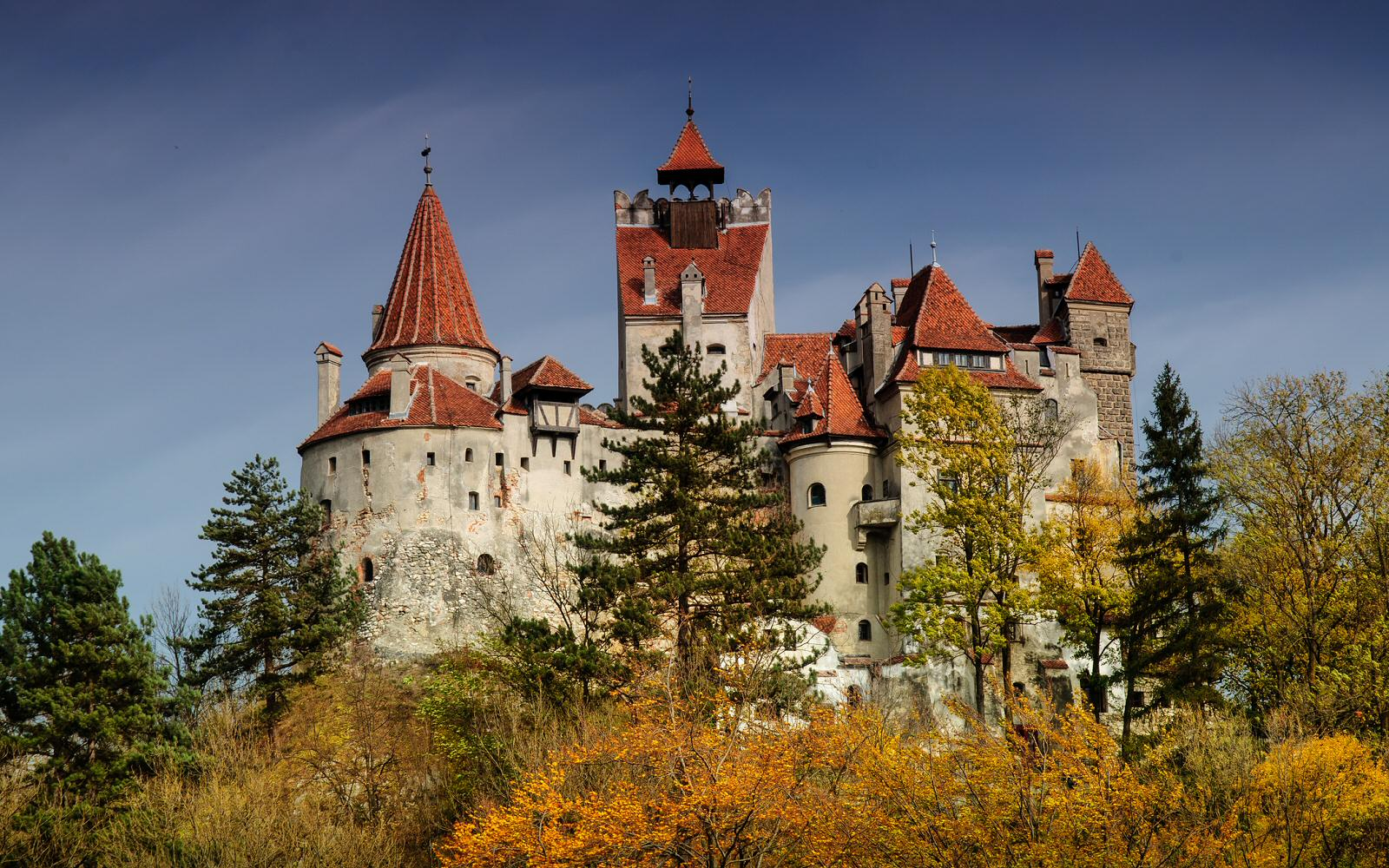 bran castle | travelvibe