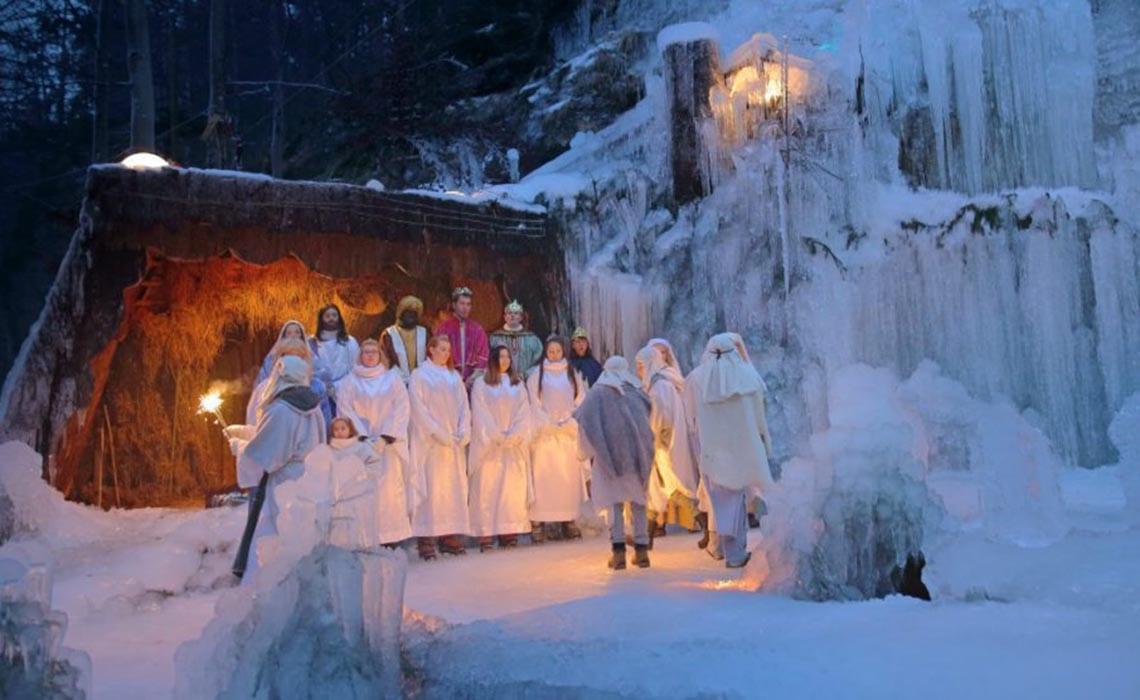 jaslice_mojstrana kerst in Slovenië - Travelvibe