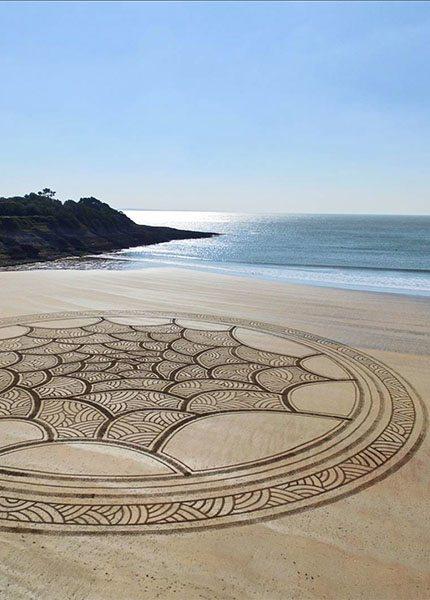 Jben beach art franse strandkunstenaar - Travelvibe