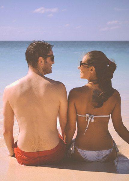 man vs vrouw op vakantie - Travelvibe