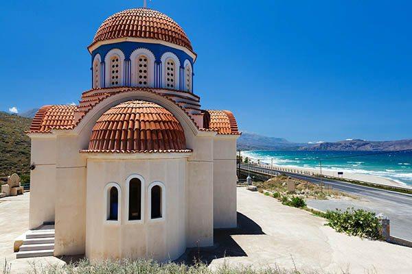 Kenmerkende Architectuurnin Griekenland; orthodox kerkje - Travelvibe