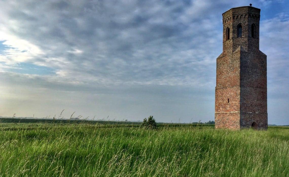 plompe toren travelvibe | Travelvibe