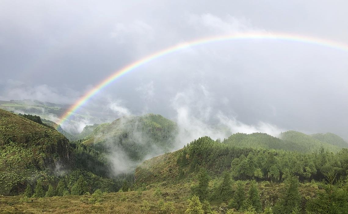 regenboog Sao Miguel Azoren 2- Travelvibe