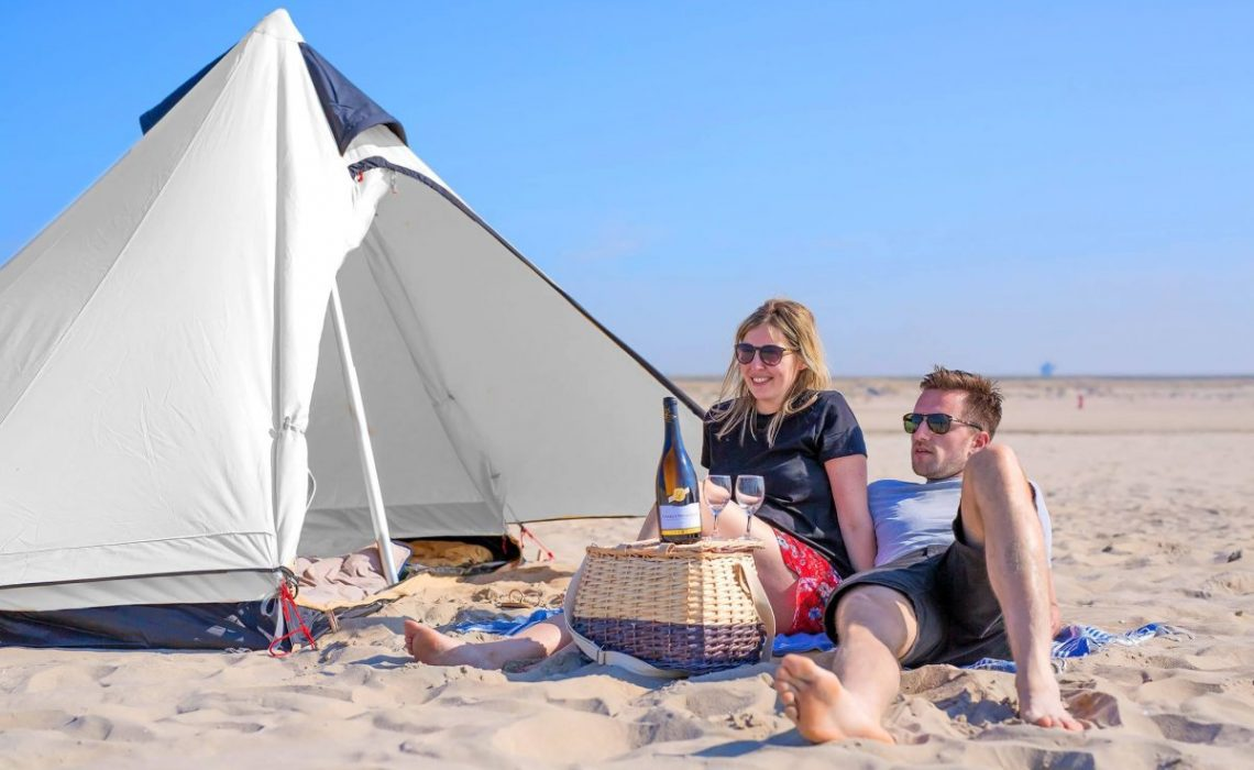 kamperen op het strand van Den Haag StrandKamping Travelvibe