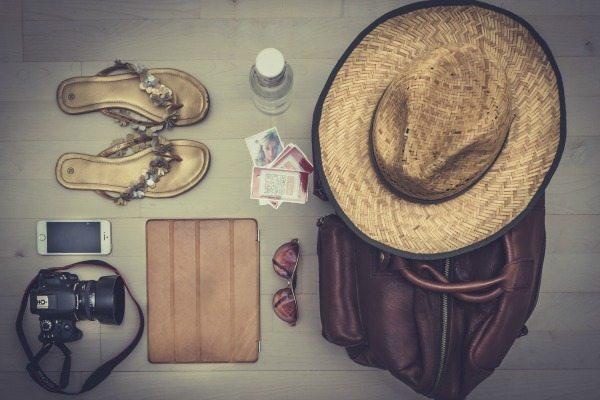 tablet-en-smartphone-op-vakantie-travelvibe