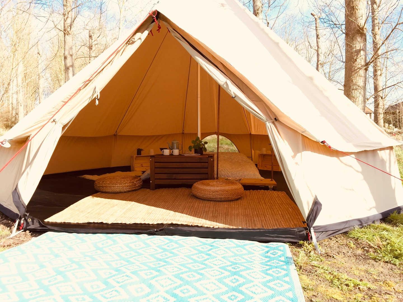 bijzondere kampeerplekken, kamperen in een voedselbos