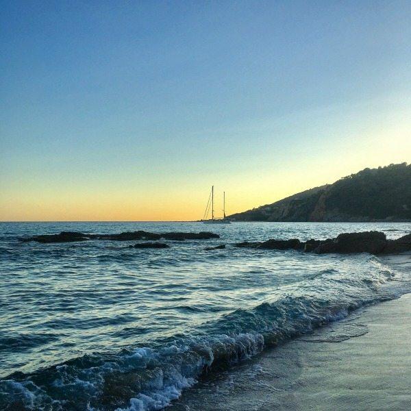 onsondergang strand Cargese